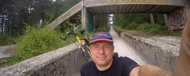 Spust biciklom po olimpijskoj bob stazi u Sarajevu
